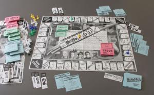 MoNoPOLi Board Game