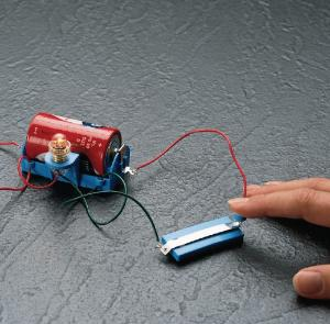 Discover Electric Circuits Kits